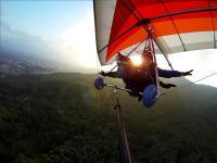 オンボードカメラでビデオ撮影!スクールも体験飛行もタンデム(2人乗り)だから安心だよ!