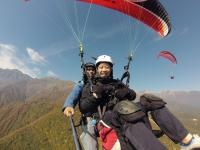 高度1400m(高度差約650m)から飛び立ち空中散歩!《タンデムフライト》