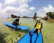 エリアを限定せず、《パドルボード》と《シュノーケリング》で、沖縄の海をのんびり楽しむコースもあり!