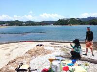 1日コースは無人島でランチタイム!定番メニューはオリジナルのトルティーヤ。