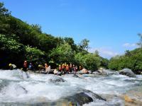 北アルプスの万年雪を源流にする平川の水は、夏でも清涼感抜群!