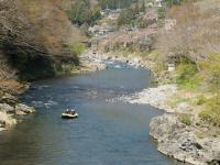 奥多摩川の清らかな流れ