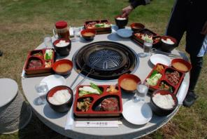 しめくくりは名物ジンギスカン料理でお腹も大満足!