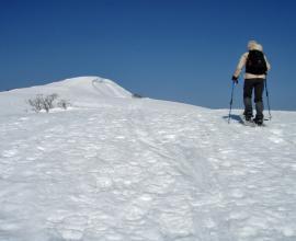 《スノースライダー,スノーダイブ、等々》の遊び的な要素を当日の積雪コンディションにあわせて楽しもう!