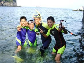 「スノーケリング・磯遊びコース」も人気!小さなお子様からシニアまで、手軽に伊豆の海が楽しめます。