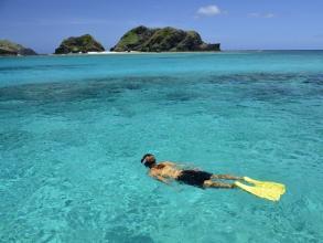 【カラフルな熱帯魚やウミガメと泳ごう!座間味島満喫シュノーケリング】ボートシュノーケリング◆写真つき