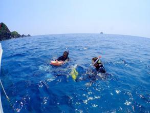 【透明度抜群の久米島で、思いっきり海を楽しもう】久米島シュノーケリングツアー◆写真つき