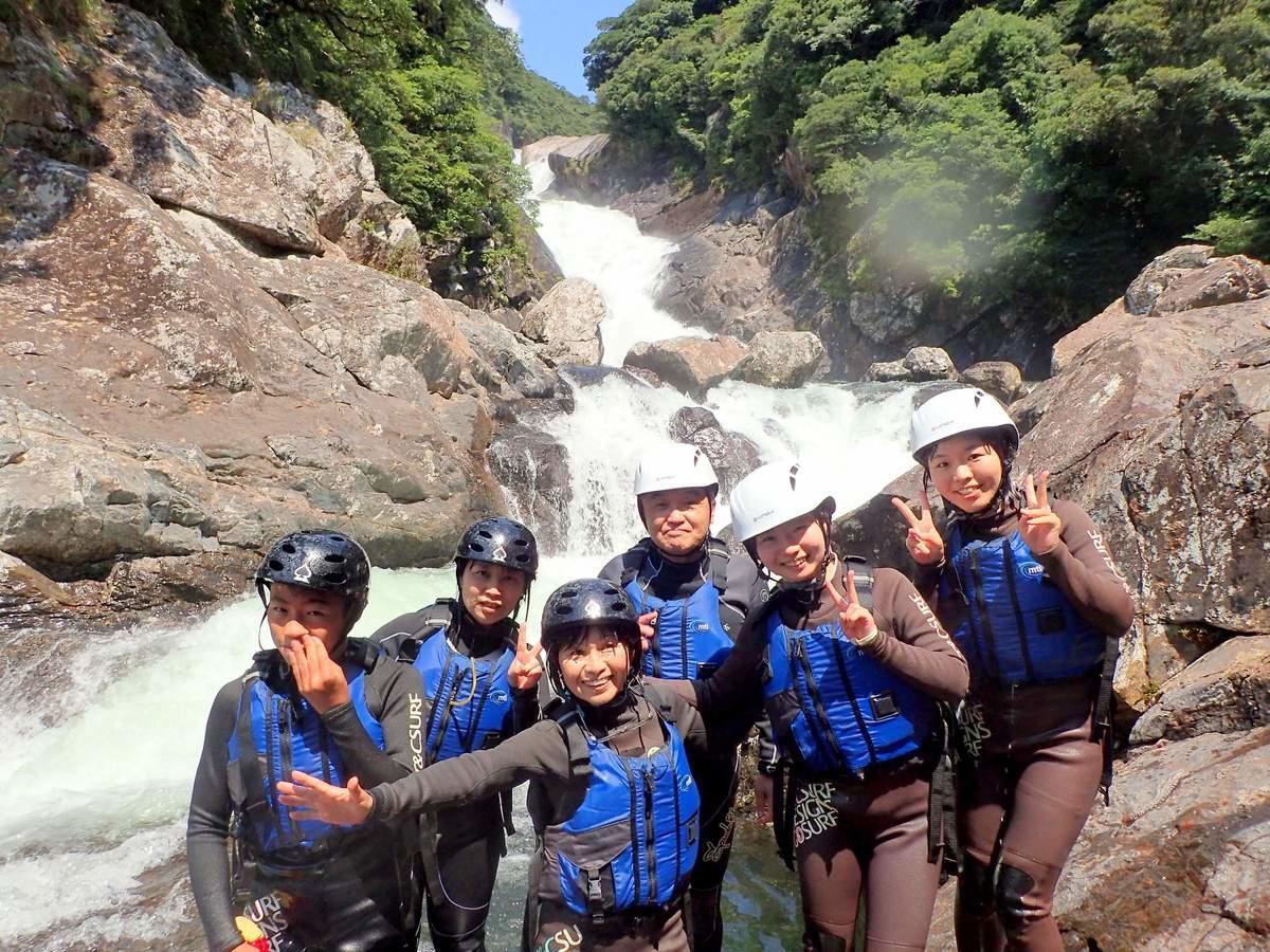 屋久島 シャワークライミングツアー