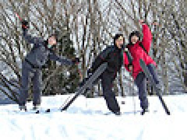 踵が自由だと心も自由!!楽しくスキーハイキング!!