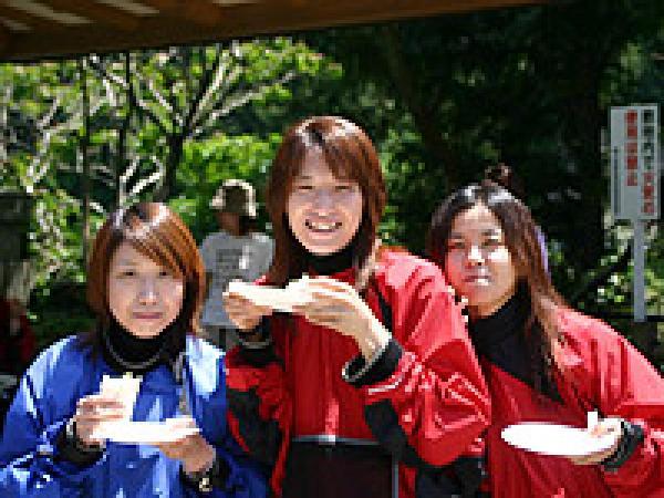 長良川ラフティングツアー