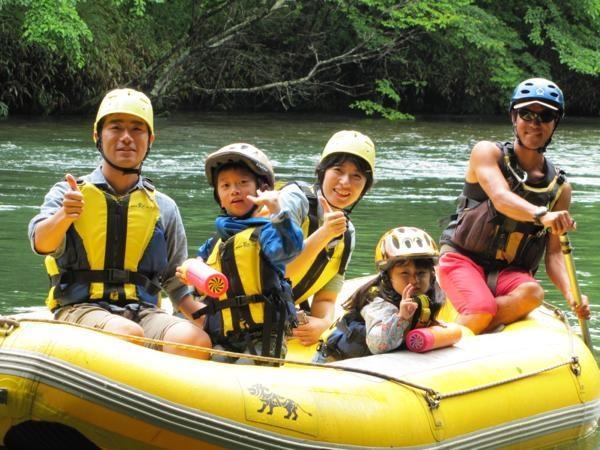 千歳川・支笏湖の川下り体験ツアー