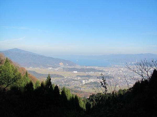 山頂からの大眺望!トレッキングの楽しみのひとつ《敦賀富士コース》