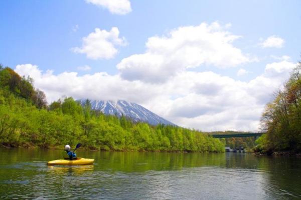 ニセコの雄大な景色 アンヌプリと羊蹄山がお出迎え!
