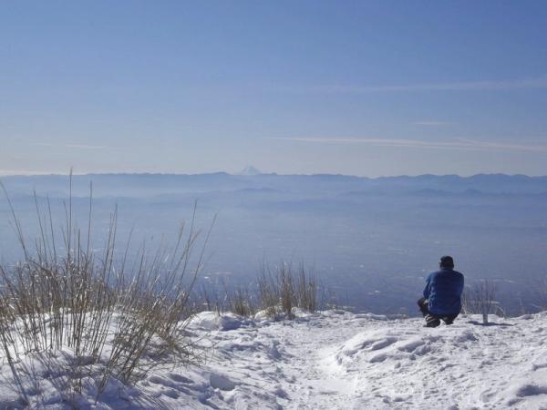 山頂では、思わず口が開いてしまうような360度の大パノラマが広がります!