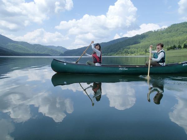 南富良野 サホロ湖カヌーツアー