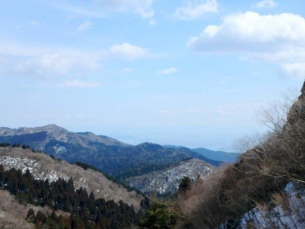 展望台からの絶景は、天気よければ琵琶湖を一望できます!
