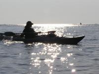 キラキラ輝く水平線に溶け込んでゆく快感。一日の終わりには心の奥まで海に包みこまれる心地に。