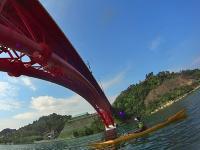橋を真下から眺める景色は圧巻です!