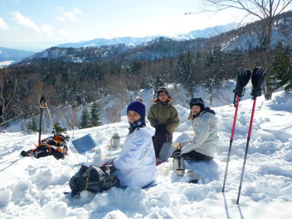 雪の中でカフェやランチを楽しもう!