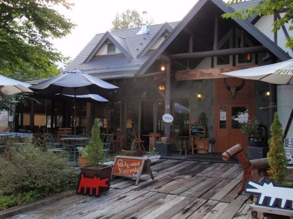 お食事はカントリー調の素敵なレストラン「キースプリング」にて。(※本格体験コース)