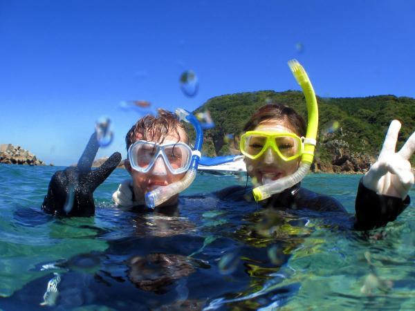 体験ダイビングの前後は、たっぷりとシュノーケリングも楽しめる!