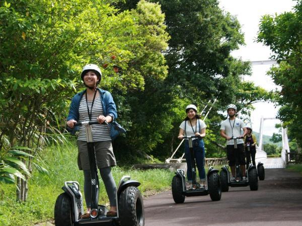 緑豊かなバンナ公園をセグウェイでお散歩