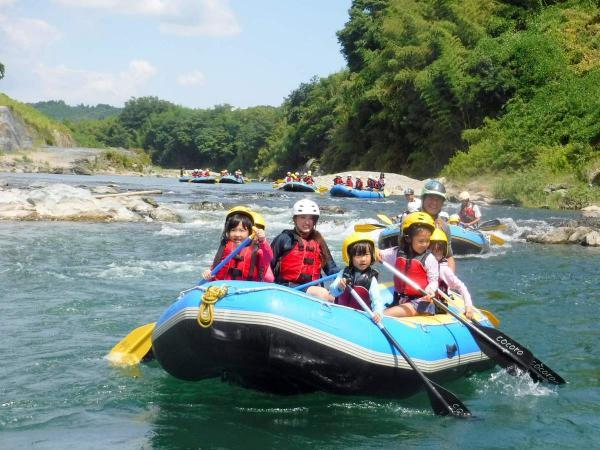 奈良吉野川で、ラフティング&川遊びを思いっきり楽しもう!