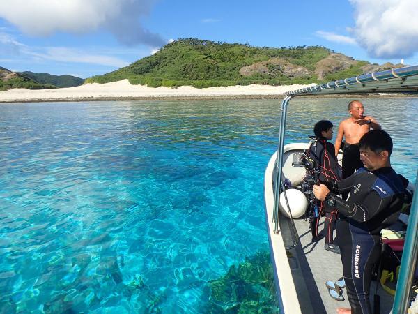 世界トップクラスの透明度を誇る、慶良間諸島の海