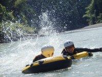 宮川の景観を楽しみながら流れに身を任せましょう♪