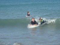 ボディボードスクールもあり!初めての方でもほとんどの方が、波に乗れるようになります