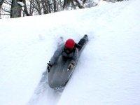 スライダーなどの雪遊びも満載!ふかふかの雪を満喫♪