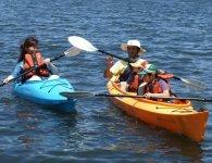 ファミリーで体験すれば貴重な思い出に。3才〜小学低学年は2人乗りカヌーで大人と一緒なので安心。