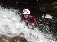 「シャワークライミング」「滝壺ダイブ」・・・滑床を知り尽くした地元ガイドが秘密の場所をたくさんご案内!