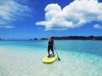 透き通る海でSUP体験を楽しもう!