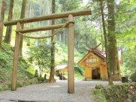 高千穂の山奥にひっそりとたたずむ秋元神社。パワースポットとしても有名です!