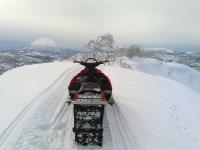 羊蹄山のすぐ近く!抜群のロケーションでスノーモービルが楽しめます!