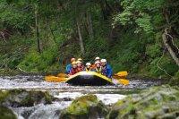 手つかずの自然の中を漕ぎ下ろう!