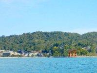 宮島は、日本三景であり、世界文化遺産にも指定された有数の景勝地。