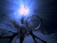 ターコイズブルーが美しい海でガイドが撮影した水中写真プレゼント!