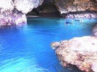 神秘的な青の洞窟を探検しよう