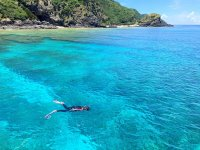 ケラマブルーが広がる慶良間の海でシュノーケリング「慶良間諸島コース」!