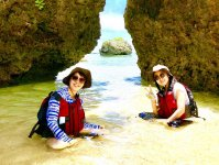 静かなビーチでのんびり過ごす島時間…。