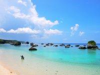 宮古島の海は抜群の透明度を誇ります。