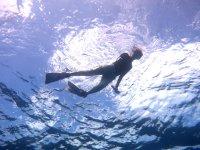 沖永良部の綺麗な海で漂う時間は最高のリラックスタイム