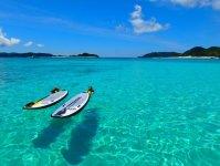 どこまでの広がる真っ青の海