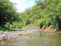 世界遺産知床の美しい渓流でツアーを開催!