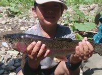 渓流釣り体験もできるコンボコースあり