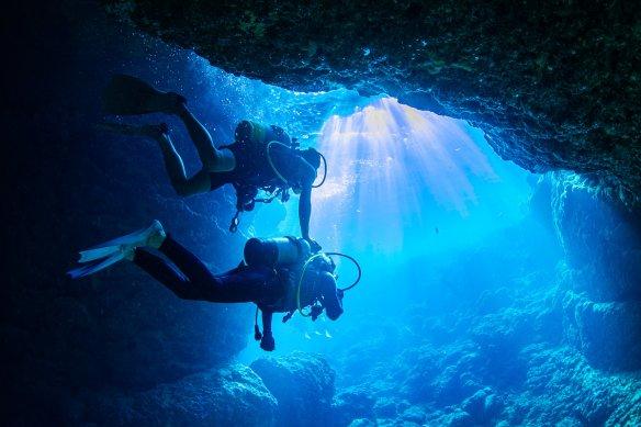 沖縄本島(恩納村) 体験ダイビング