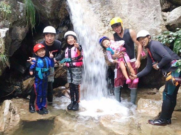 楊梅の滝 シャワークライミング