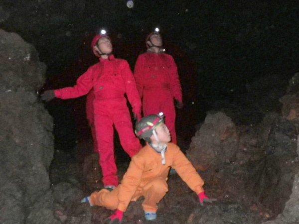 ドキドキの洞窟の中